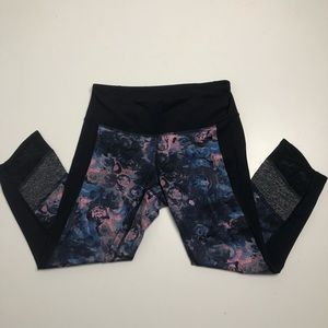 Lululemon If You're Lucky Crop Size 6